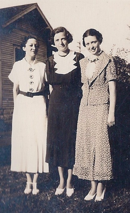 Alice Switzer, Margaret Hendricks, Sopha Switzer